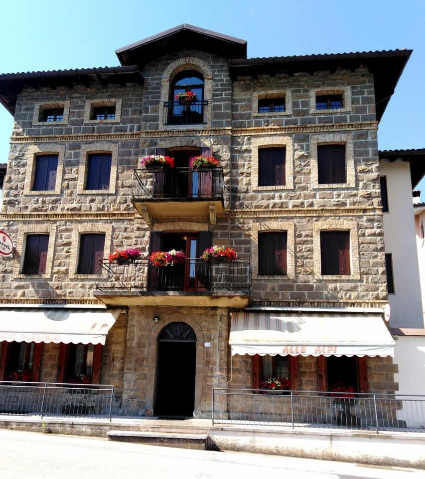 Nuova Gestione - Albergo Alle Alpi a Frisanco