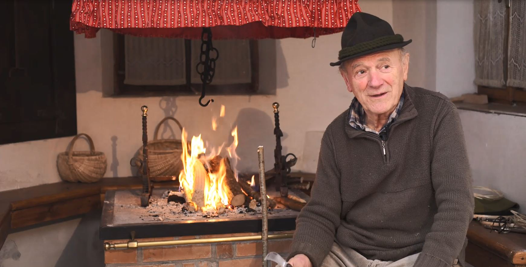 Intervista e riprese all'artigiano Luigi Giacomelli Stel - Progetto di Ecomuseo Lis Aganis